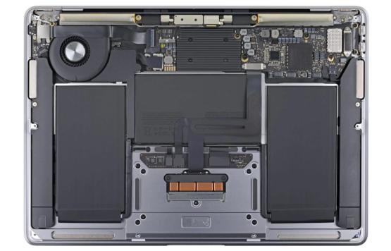 macbook air smontato