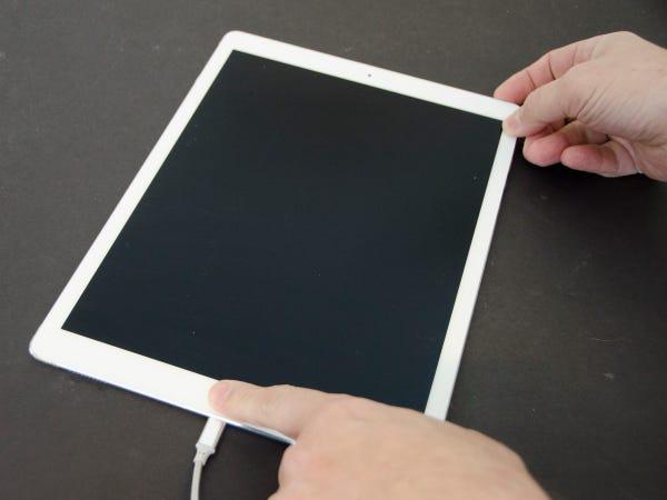 reimpostare l'iPad premendo i pulsanti